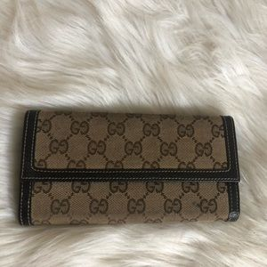 Authentic Gucci Wallet 🎀